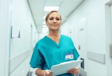 Escuela en Denver ofrece programa de asistente de enfermería acelerado