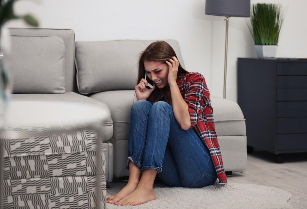 víctima de violencia doméstica