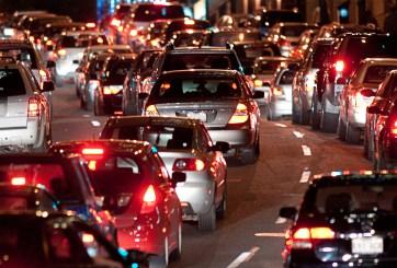 Cómo evitar el tráfico en aeropuertos y autopistas en Thanksgiving