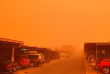 VIDEO: Densa tormenta de polvo pintó el cielo de naranja en Australia