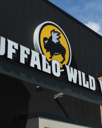 VIDEO: Muere empleado de Buffalo Wild Wings por exposición a limpiador
