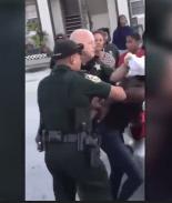Investigan a policía de Florida por maltrato a menor de edad