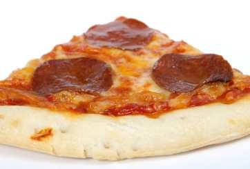 Alertan por 12 toneladas de pepperoni y chorizo para pizza con listeria
