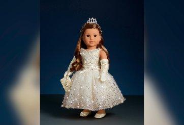 Nueva American Girl navideña de $5 mil y cubierta de cristales Swarovski