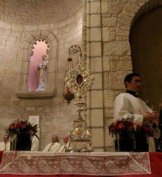Regresan a Belén una reliquia que podría ser del pesebre de Jesucristo