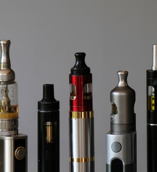 Marcas de cigarrillos electrónicos de THC relacionadas a enfermedades