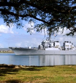 Marino de EE.UU. mató a 2 empleados y se suicidó en Pearl Harbor