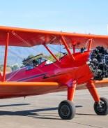 Joven robó avión en aeropuerto de CA y chocó con él en un cerco