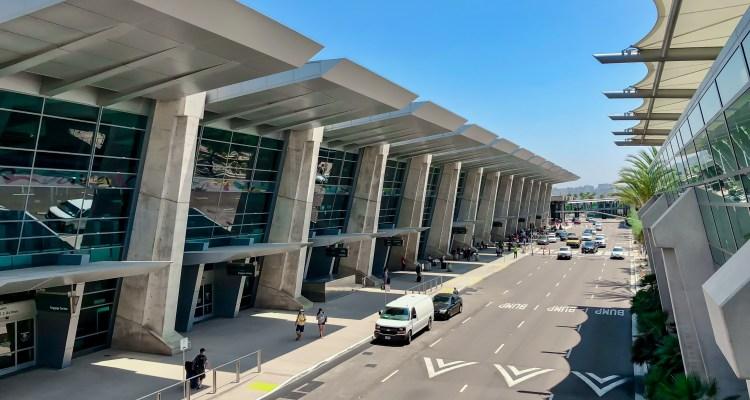 Aeropuerto de San Diego se prepara para incremento de viajes en Navidad
