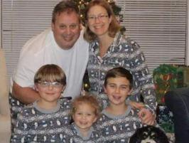 Hombre asesina a su esposa, a sus tres hijos y a su mascota en Florida