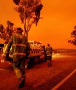 Ordenan evacuaciones masivas mientras incendios en Australia empeoran