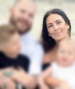 Alquiló su vientre para ayudar a una familia y murió mientras daba a luz
