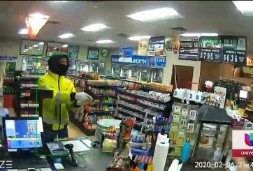 En Hyattsville a punta de pistola dos sujetos asaltaron una gasolinera