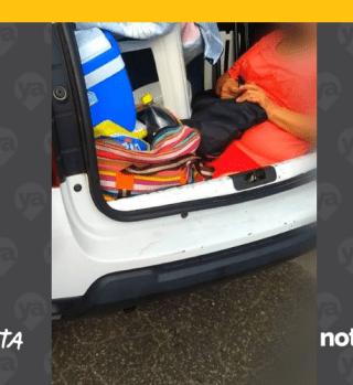 Lo multan por llevar a su suegra en el maletero del auto