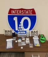 """Encuentran narcóticos en bolsa etiquetada con """"Bolsa llena de droga"""""""