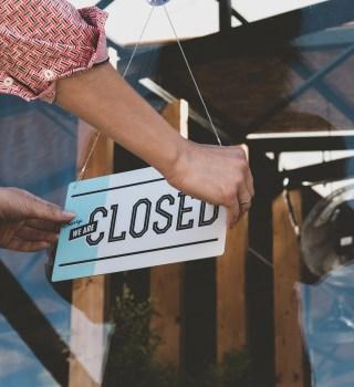 Restaurantes de San Diego sufren ante cierres intermitentes