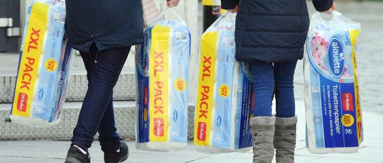 Reportan nuevamente escasez de papel higiénico en algunas tiendas