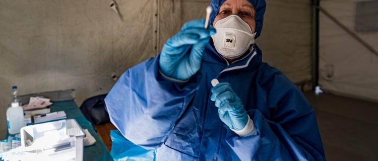 Acusarían de terrorismo a quien propague coronavirus intencionalmente