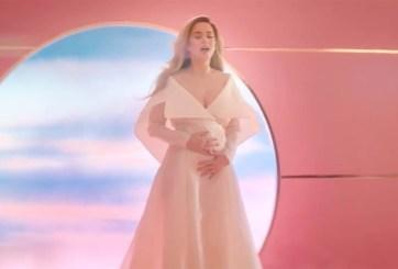 VIDEO: Katy Perry revela que está embarazada en nuevo video musical