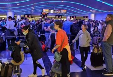 Chequeos de Coronavirus causan caos en aeropuerto O'Hare de Chicago
