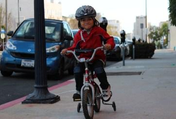 FOTOS: Ciclistas viajarán en un nuevo carril de bicicleta en El Cajon