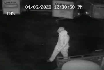 VIDEO: Ladrón disparó en la cara a empleado de gasolinera en Plant City