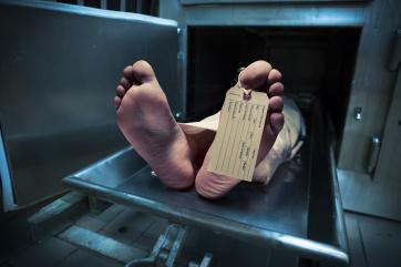 Solicitan ayuda en morgue ante alza de muertes por COVID-19 en El Paso
