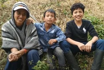 Familia campesina decide ser youtuber para enseñar a cultivar