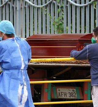 Mueren 3 de una familia tras fiesta en medio de pandemia por coronavirus