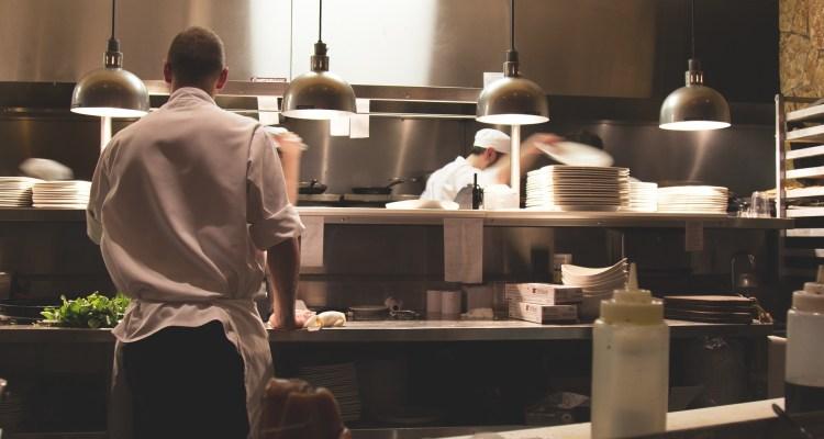Advierten sobre estafa de Coronavirus dirigida a restauranteros