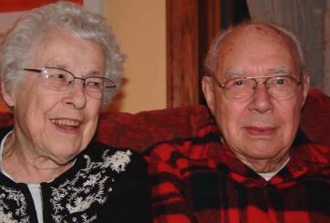 Abuelitos murieron con 6 horas de diferencia tras una vida juntos