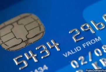 Un pago de $2,000 para cada persona más $1,000 mensuales bajo plan