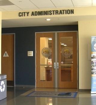 La ciudad de Watsonville busca ahorrar durante la crisis del COVID-19