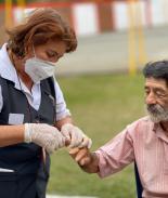 VIDEO: Alcalde en Colombia acoge a indigentes durante pandemia