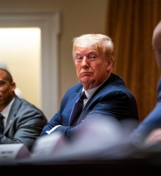 Trump dice que toma hidroxicloroquina por si le da el coronavirus