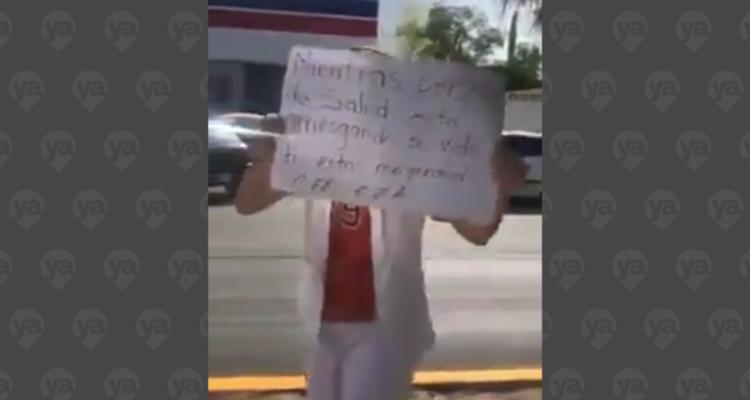 VIDEO: Enfermera llora ante personas haciendo fila para comprar cerveza