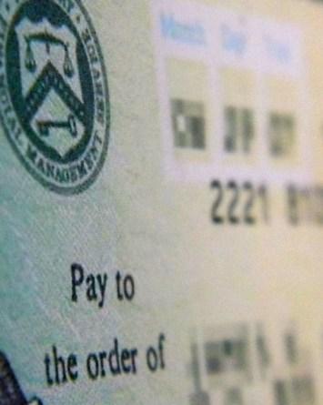 Casa Blanca presiona a republicanos por nuevos cheques de estímulo