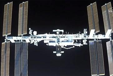 Astronautas de Dragon SpaceX aterrizan con éxito en estación espacial