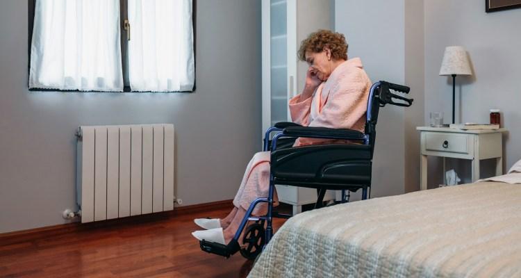 El maltrato y abuso a adultos mayores cada vez más frecuente