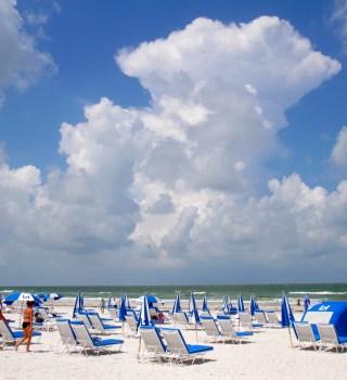 """Así se será la """"enorme presencia"""" de oficiales en las playas de Pinellas"""