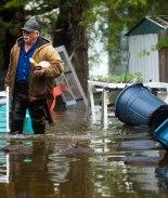 Más de 10 mil evacuados tras ruptura de dos represas en Michigan