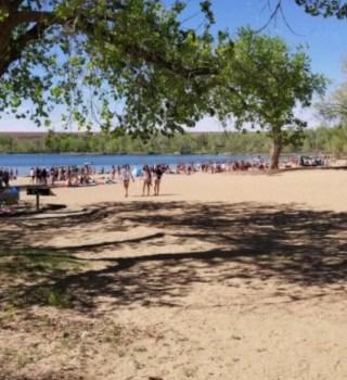 Playas y áreas de natación en Colorado permanecerán cerradas