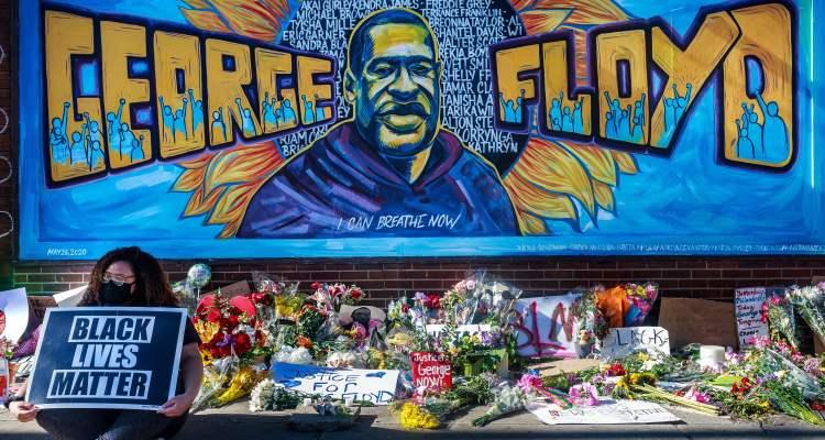 2020: Muerte de George Floyd impulsó movimiento contra el racismo