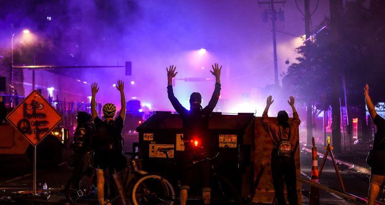 Denver se prepara para posibles disturbios post electorales