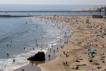 Turistas pasearon por playas mexicanas sabiendo que tenían COVID-19