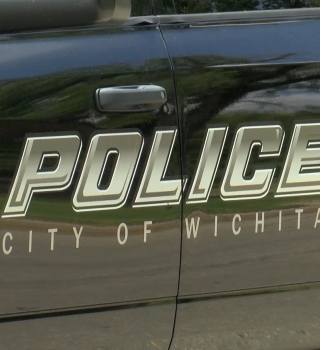 Policía de Wichita responde a denuncias ciudadanas tras muerte de Floyd