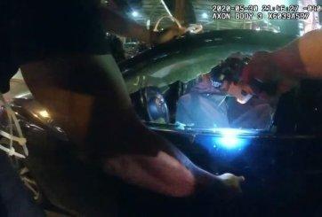 VIDEO: Policias despedidos luego de electrocutar a jóvenes en Atlanta