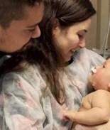Bebé de 5 meses sobrevive al coronavirus después de 32 días en coma