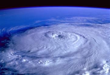 Autoridades de Pinellas se preparan ante tormenta tropical Isaías