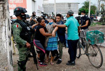 Masacre en México: 28 jóvenes asesinados por grupo armado